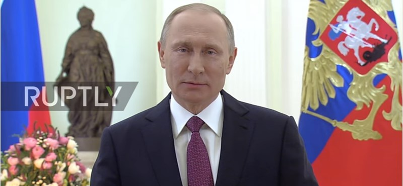 Putyin szájából hátborzongatóan szól a nőnapi üdvözlet – videó