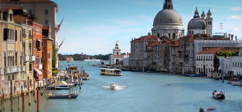 Tovább szigorít Velence: már azt is büntethetik, akinek alkohol van a szatyrában
