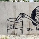 Líbia egy év múlva már termelheti az olajat