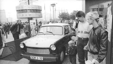A német egyesítés sem állította meg a nyugatra vándorlást – 1990. október 24.