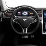 Elon Musk megnyomta a gombot, és extra hatótávot kaptak a hurrikán elől menekülők