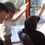 Hosszú állóháború zajlott egy orosz buszon a nyitott ablakért – videó