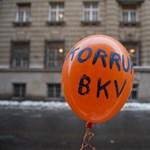 Kiakadtak a dolgozók a BKV-vezetők prémiumán