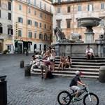 Mégis maradnak Rómában a római számok