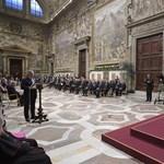 Ferenc pápa: Európa elfelejtette, mennyit dolgozott a falak ledöntésén
