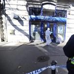 Fotók: Kiszállt a bevetési csoport az oktogoni Citibankhoz - bankrablót keresnek