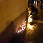 Szójátékkal gyászolja a Kétfarkú Kutya Párt a CEU-t