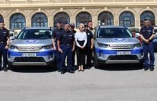 Luxus Land Rovereket kaptak a magyar rendőrök
