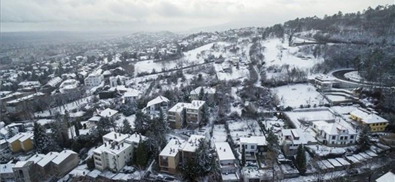 Sokfelé megmaradhat a hó, de csak a hegyekben lesz igazi hópaplan