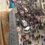 Pokolgép robbant egy egyiptomi templomban, legalább 13-an meghaltak