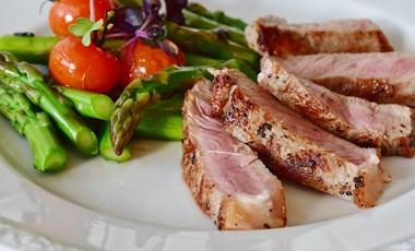 Tudja, milyen az optimális étrend? Az a baj, hogy azok sem tudják, akik havonta megírják
