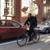 Videó: Karácsony biciklivel érkezett, Tarlós bőrdzsekiben fogadta