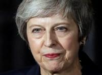 Üres kézzel távozik az EU-csúcsról a brit kormányfő