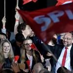 Schulz a hajrában: Orbán értem, remélem, nem imádkozik
