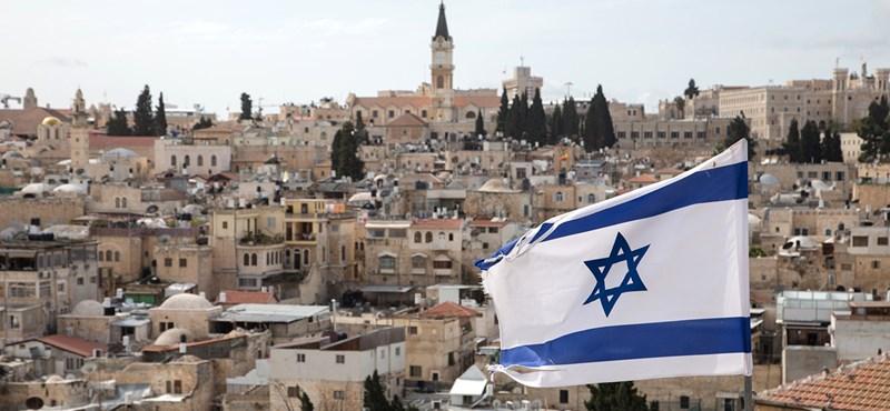 Lakóinak ötöde arab, de hivatalosan is zsidó állammá nyilvánították Izraelt