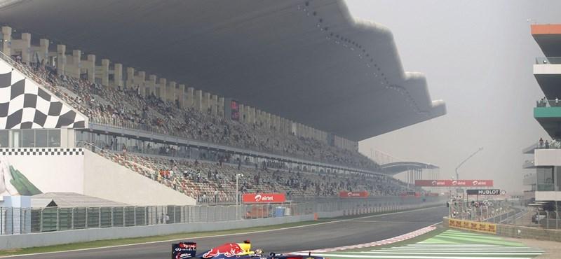 Vettel nyerte a harmadik szabadedzést Indiában