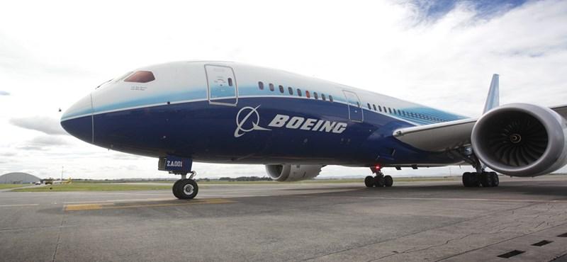 Újabb Dreamliner hibásodott meg, visszafordult