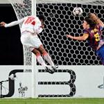 A spanyol válogatott védőjét csapattársa győzködi a folytatásról
