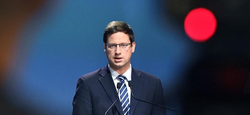 A Fidesz már maradna a Néppártban