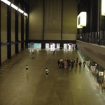 Túl van az életveszélyen a Tate Modern teraszáról ledobott kisfiú