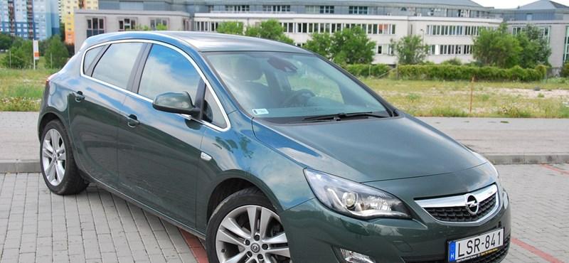 Opel Astra teszt: kényelemre hangolva