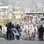 Blokád alá vettek a sztrájkoló tanárok egy mexikói tartományt