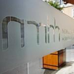 Telekom: Az NMHH egyszerűen nem tilthatja be az SMS-es feltöltést