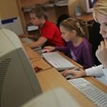 Négyszázmillióból vehettek új számítógépeket az iskolák