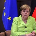Merkel gyors kormányalakítást ígér Németországnak az újévre