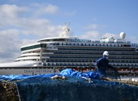 A karanténban ragadt hajó utasait egy topséf segélycsapata etette