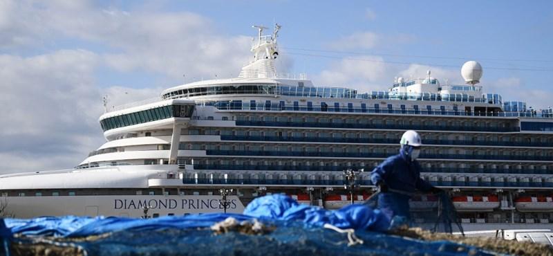 Koronavírus: hazavitték a Diamond Princessen rekedt briteket, többen fertőzöttek