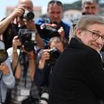 Spielberg ismét egy klasszikushoz nyúl: nagyon fogunk sírni