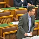 Schiffer: Esélyes, hogy 2030-ig Orbán hatalmon marad