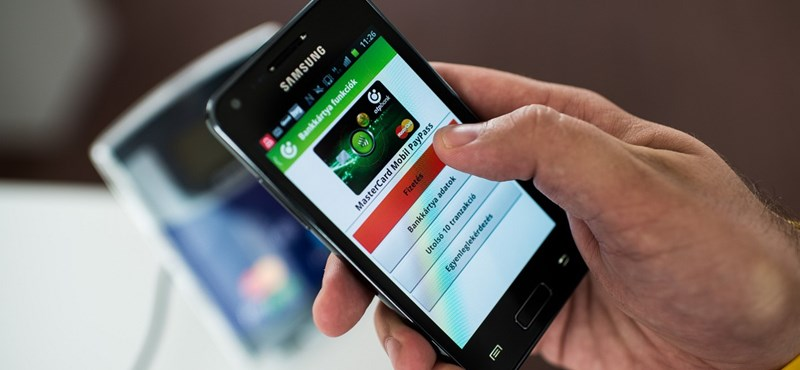 Ez meglepően sok: közel 2 millió magyar ember fizet már a mobiljával
