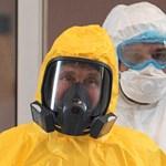 Különleges módon, fertőtlenítő alagúttal védik Putyint a koronavírustól