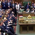 Brexit: Az EU 780 millió eurót különít el a rendezetlen kiválás okozta károk enyhítésére