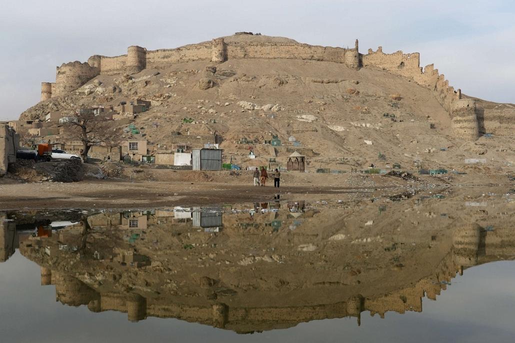 afp. hét képei - nagyítás - 2014.01.29. Afganisztán, Kabul,  Shuhada tó