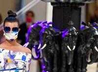 Maszkban rendezik az első divatbemutatót Milánóban