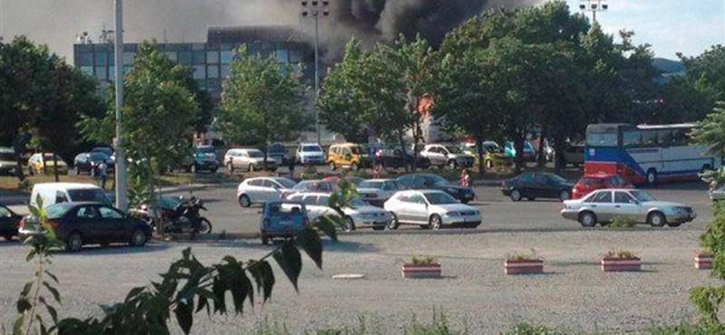 Izraeli turistabuszt robbantottak fel Bulgáriában