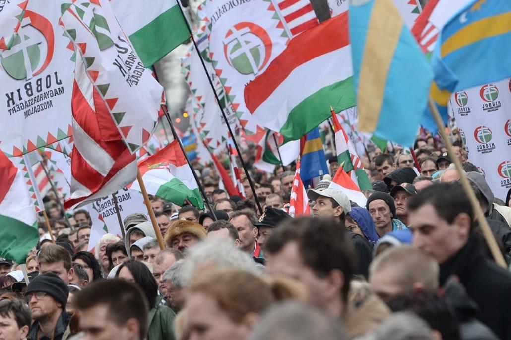 kockázva - faz. 2014. március 15. Nemzeti ünnep - jobbik, Vona Gábor