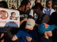 Orbán-módra brüsszelezik az uniós pénzekből gazdagodó cseh oligarcha-miniszterelnök