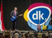 """Special Feri-pólók, """"nyelvezetkereső tréning""""  – a DK alapítványának költései"""