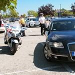Nem használhatnak saját mobilt szolgálatban a rendőrök, az FRSZ tiltakozik