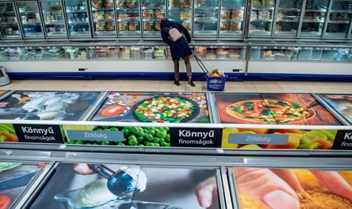 Szigorításra számítanak a boltosok, de óvnak a pánikkeltéstől