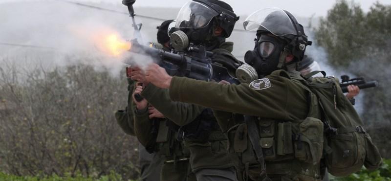 Izraeli katonák szálltak meg két palesztin tévéállomást