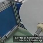Büntetés-végrehajtás: A Kínából érkezett maszkvarró mégse gyárt havi 2,8 millió arcmaszkot