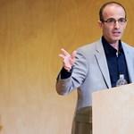 Harari: Erős nemzeti érzelmek idején diktatúra és polgárháború jöhet