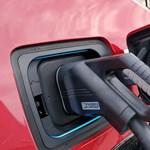 Mindent eláraszthatnak az elektromos autók