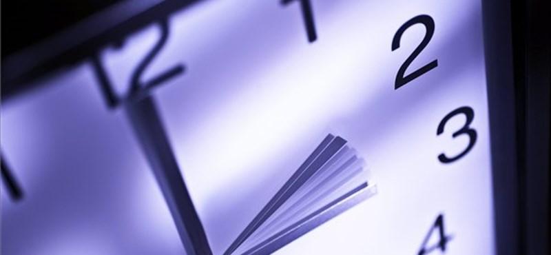 Mikor lesz a 2012-es őszi óraátállítás?