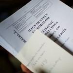 Kitiltaná az érettségiről Spirót és Kertész Imrét a Jobbik